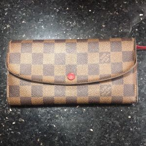 Louis Vuitton Emilie Wallet In Damier Ebene